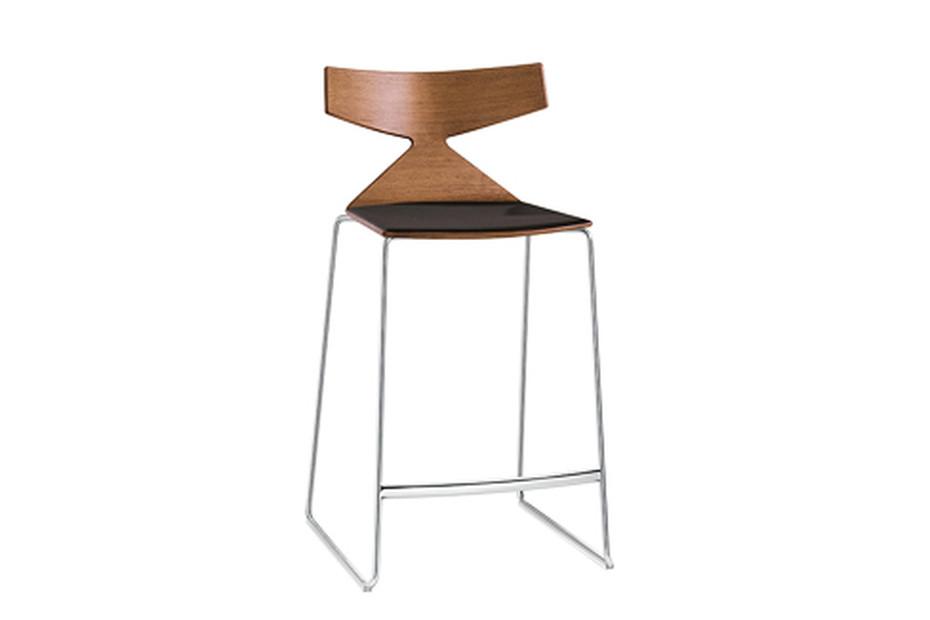 Saya - stool