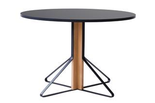 Kaari Tisch rund  von  Artek