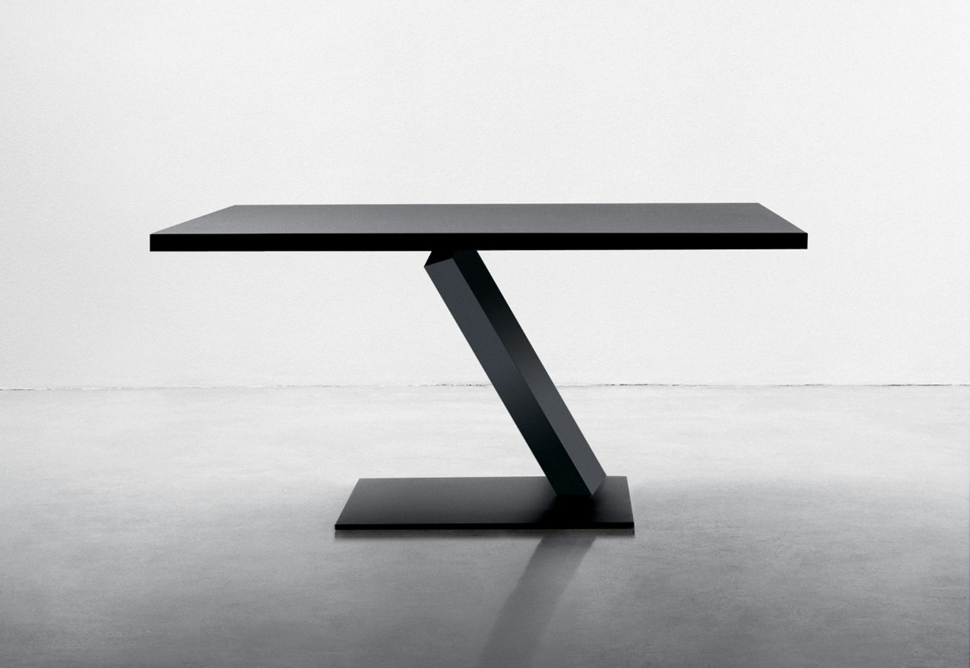 Element tisch quadratisch von desalto stylepark for Design tisch quadratisch