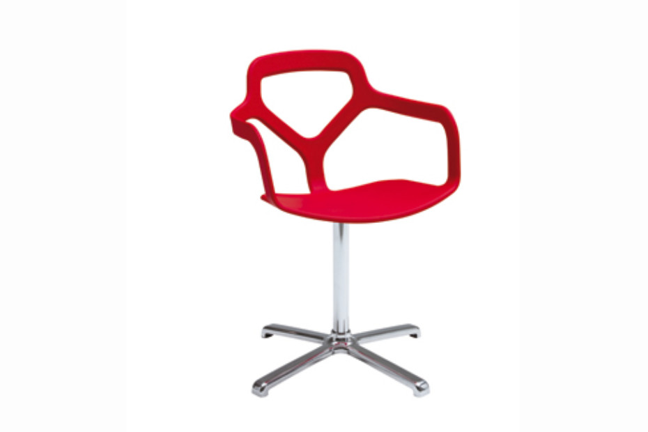 Trace swivelling chair by Desalto | STYLEPARK