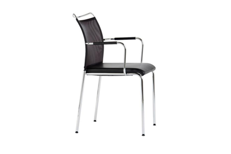 Satu with armrests