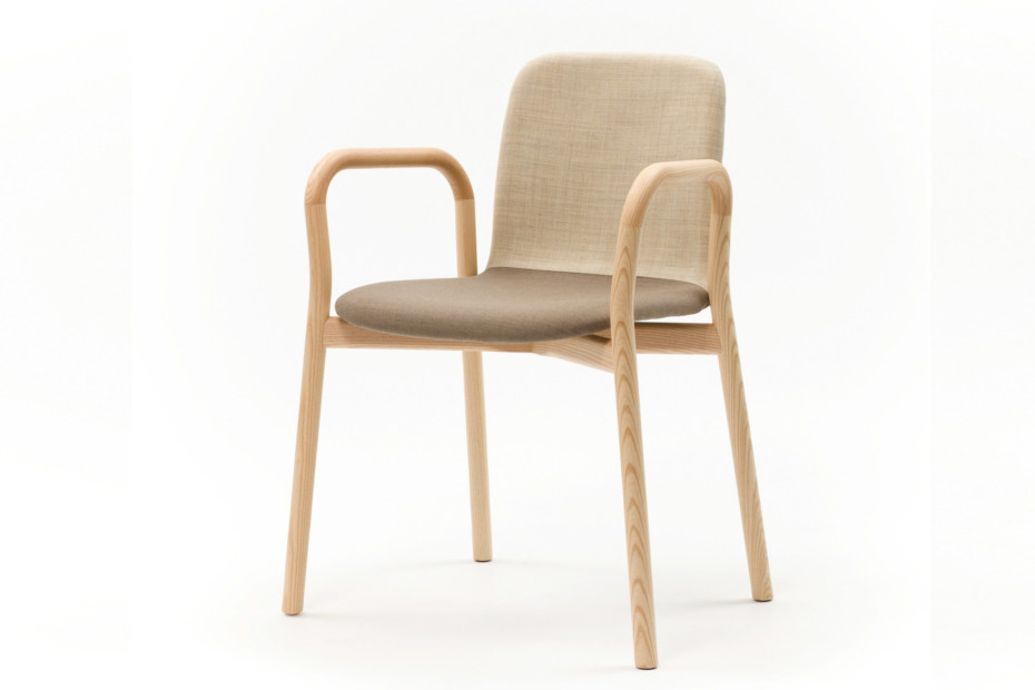 Two Tone chair with armrest
