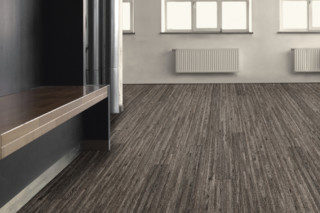Scala 40 Wood  by  DLW Flooring