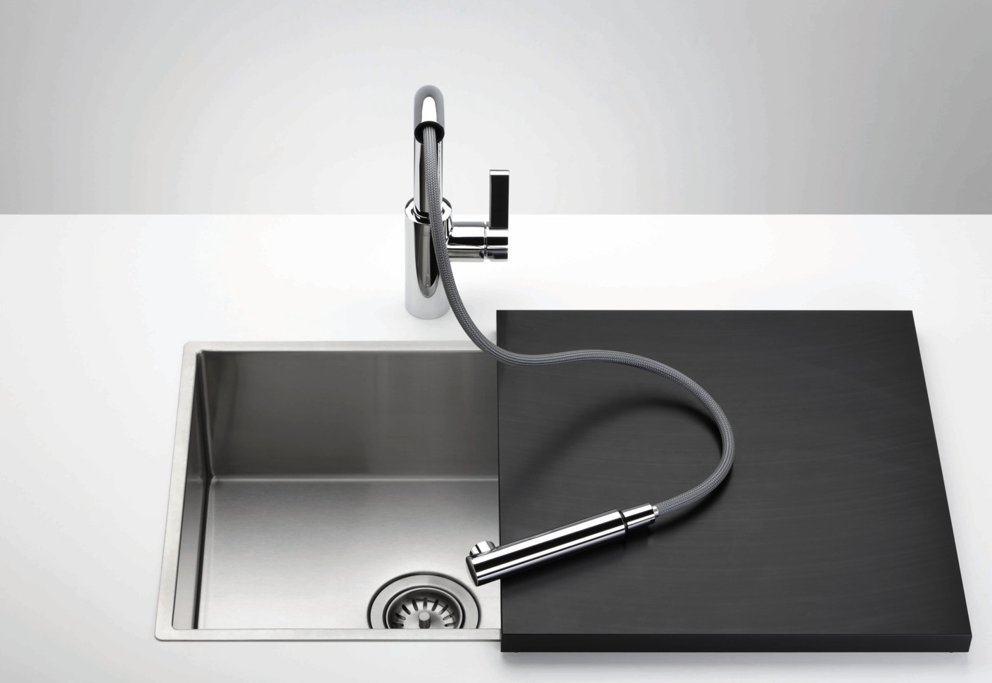 Elio single-lever mixer with retractable tip by Dornbracht | STYLEPARK