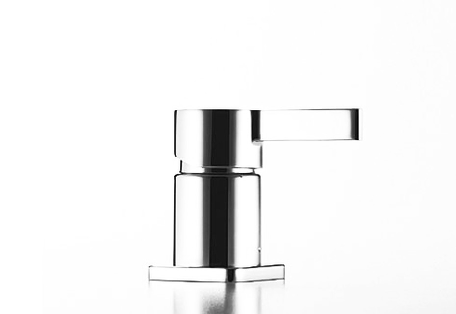 LULU Deck-mounted single-lever bath mixer