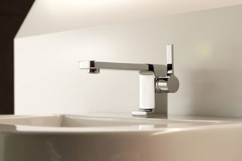 LULU Single-lever basin mixer with pop-up waste