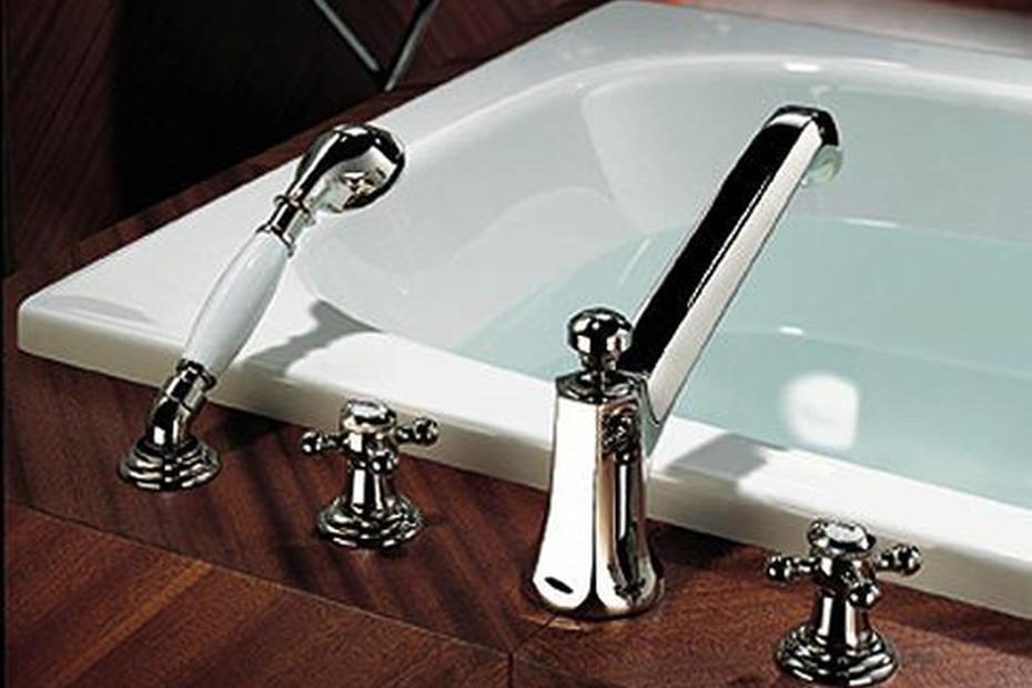 Madison Deck-mounted bath shower set