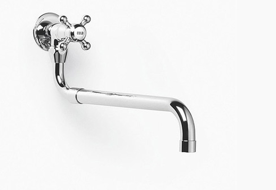 Madison Tap with pivotable and extendible spout