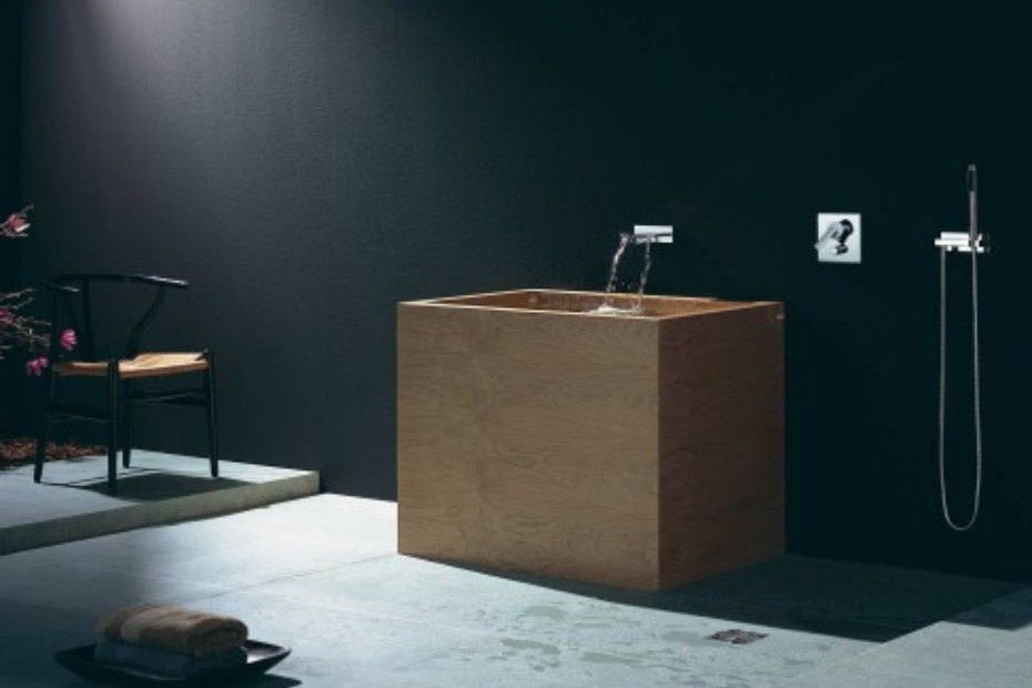 MEM Wall-mounted waterfall bath spout