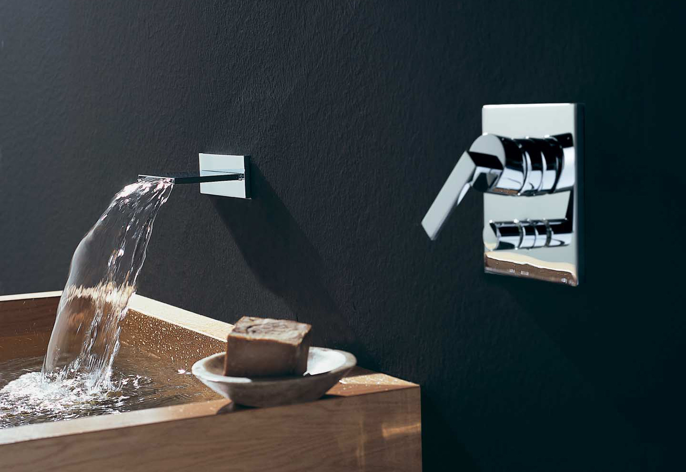 MEM Wall-mounted waterfall bath spout by Dornbracht | STYLEPARK
