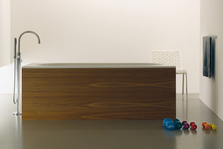 TARA .LOGIC Single-lever bath mixer with stand pipe