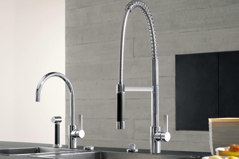 TARA ULTRA Single-hole sink mixer