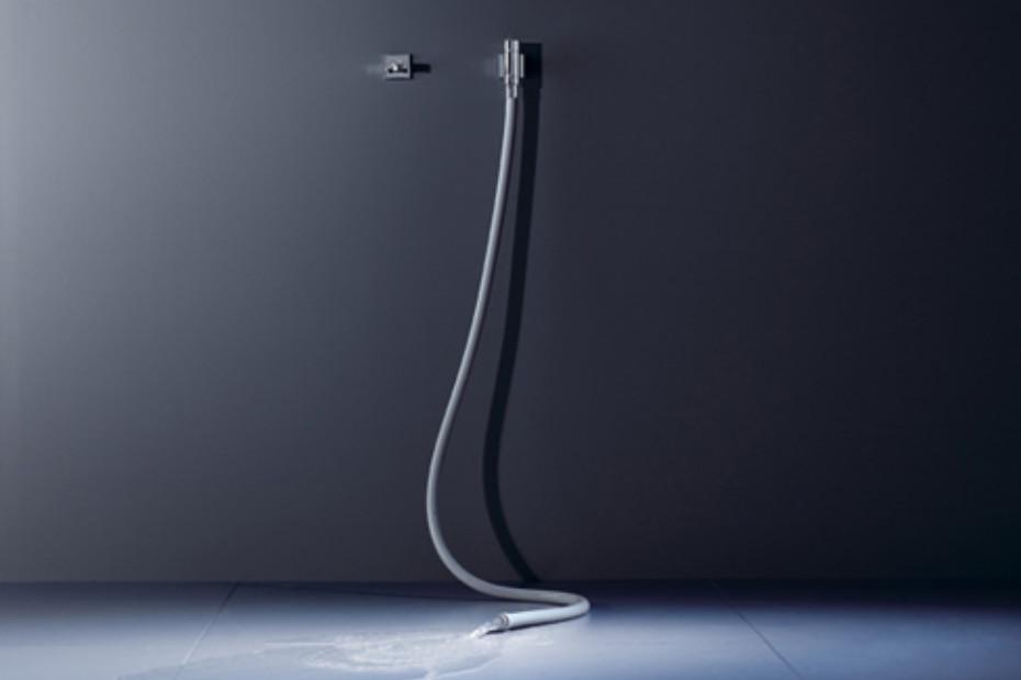 WaterTube Kneipp hose with valve and hose holder