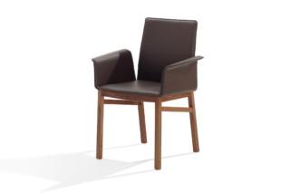 2032-I Argos with armrests  by  DRAENERT
