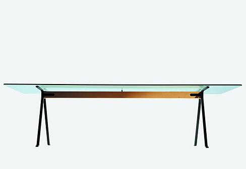 frate von driade stylepark. Black Bedroom Furniture Sets. Home Design Ideas