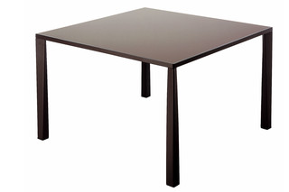TETRA TABLE  von  Driade