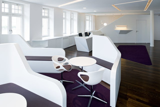 DuPont™ Corian® notary's office Ballindamm  by  DuPont™ Corian®