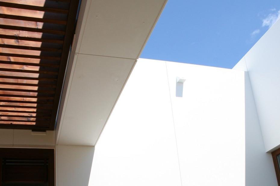 DuPont™ Corian® Villa Lissabon