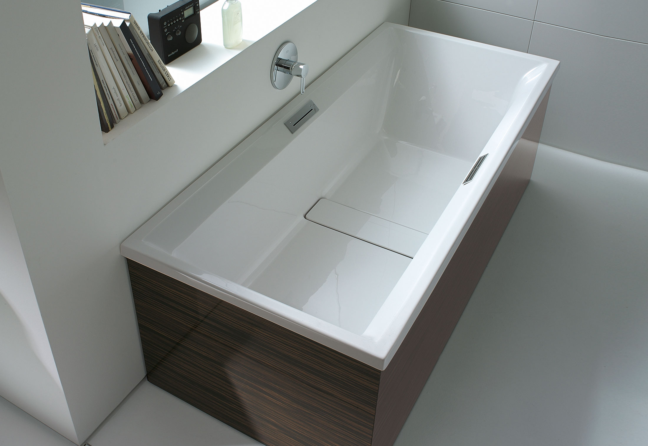 2nd floor Tube built in by Duravit | STYLEPARK