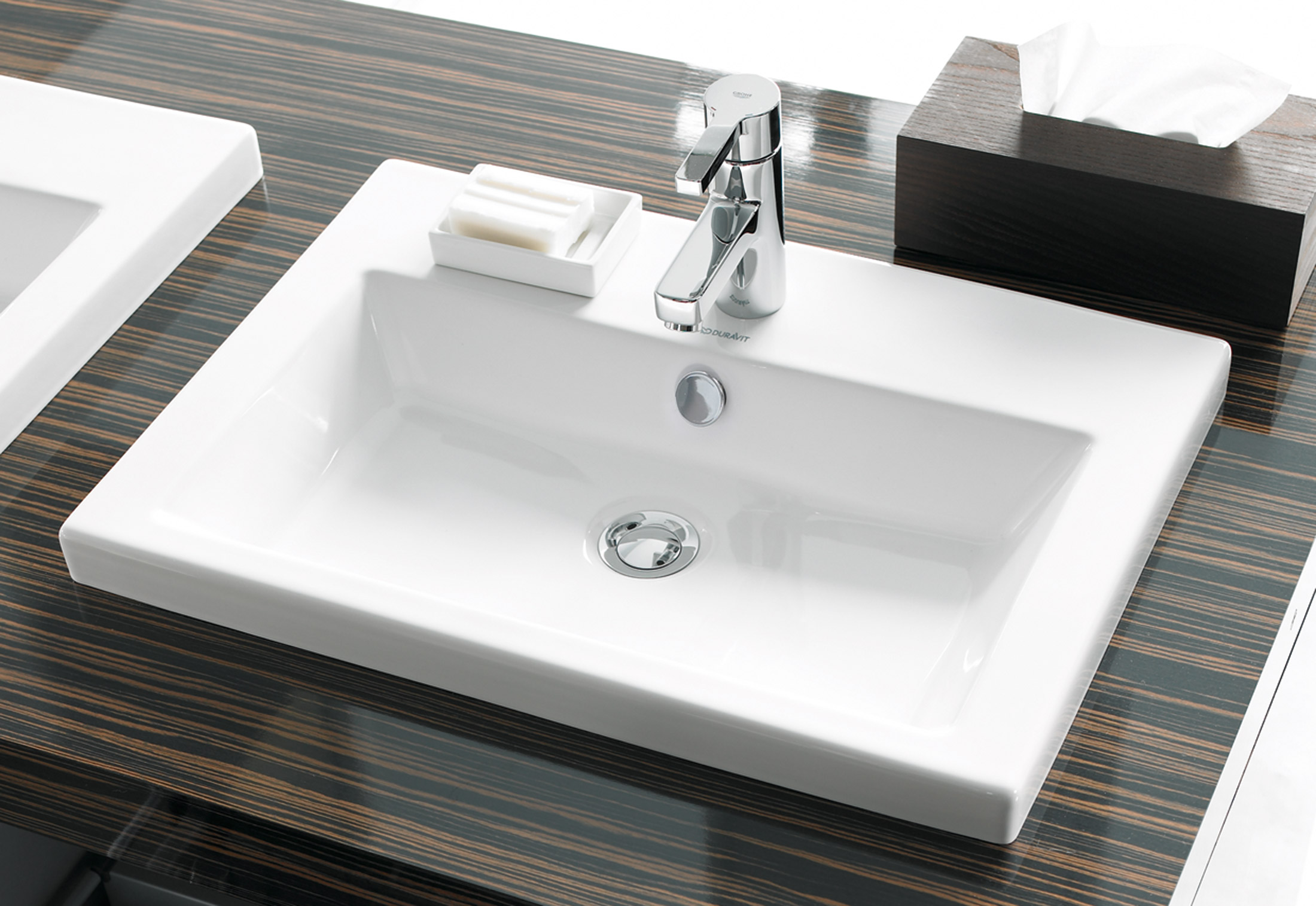 2nd floor vanity unit by duravit stylepark for Floor 2nd
