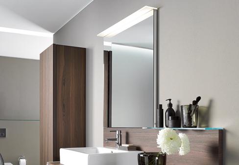 delos spiegel mit beleuchtung von duravit stylepark. Black Bedroom Furniture Sets. Home Design Ideas