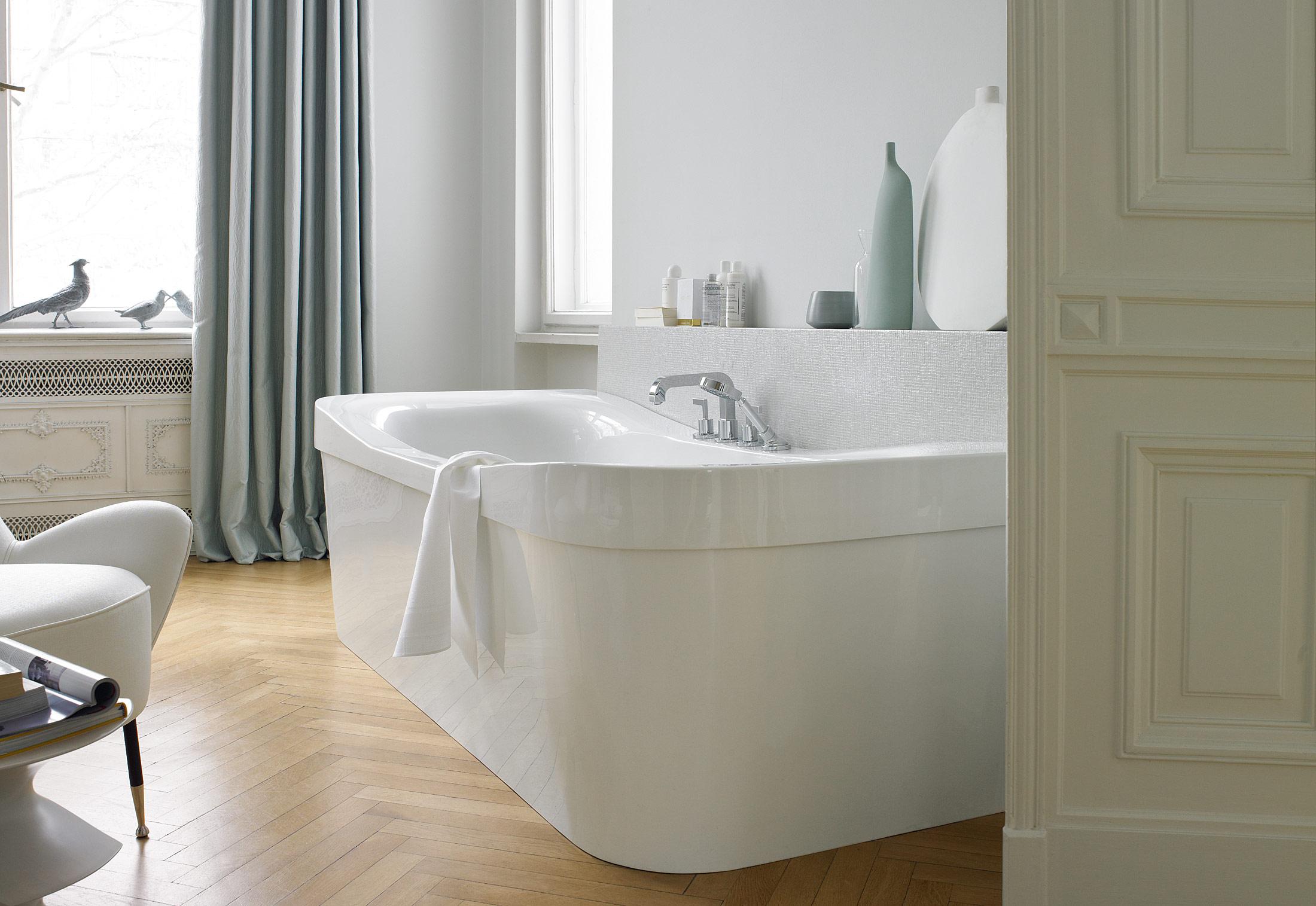 Esplanade bath tub by Duravit | STYLEPARK