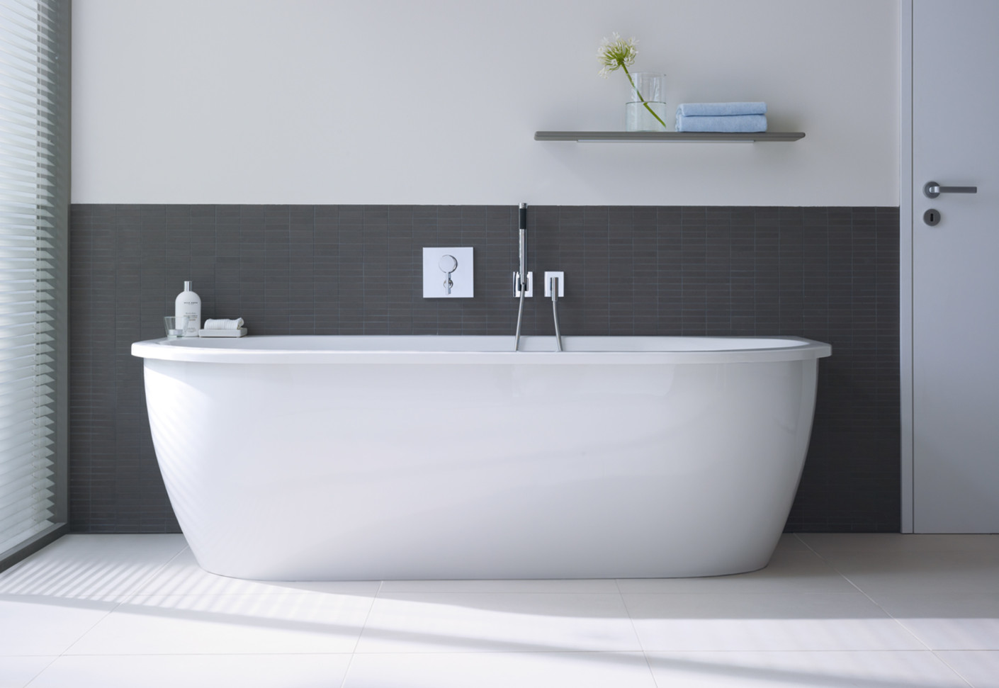 everybody's darling bath tub square by duravit  stylepark - duravit everybody's darling bath tub