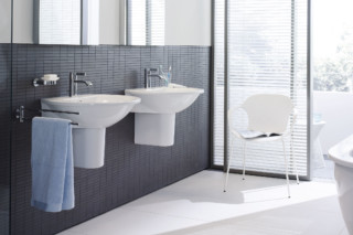 Everybody's darling hanging wash table  by  Duravit