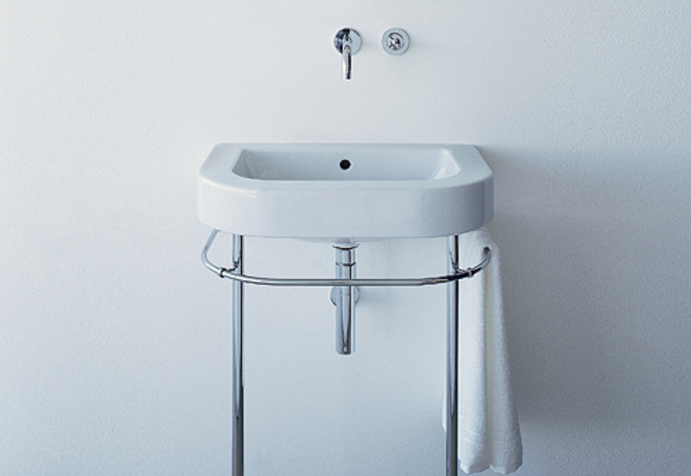 Happy D Washbasin with frame by Duravit