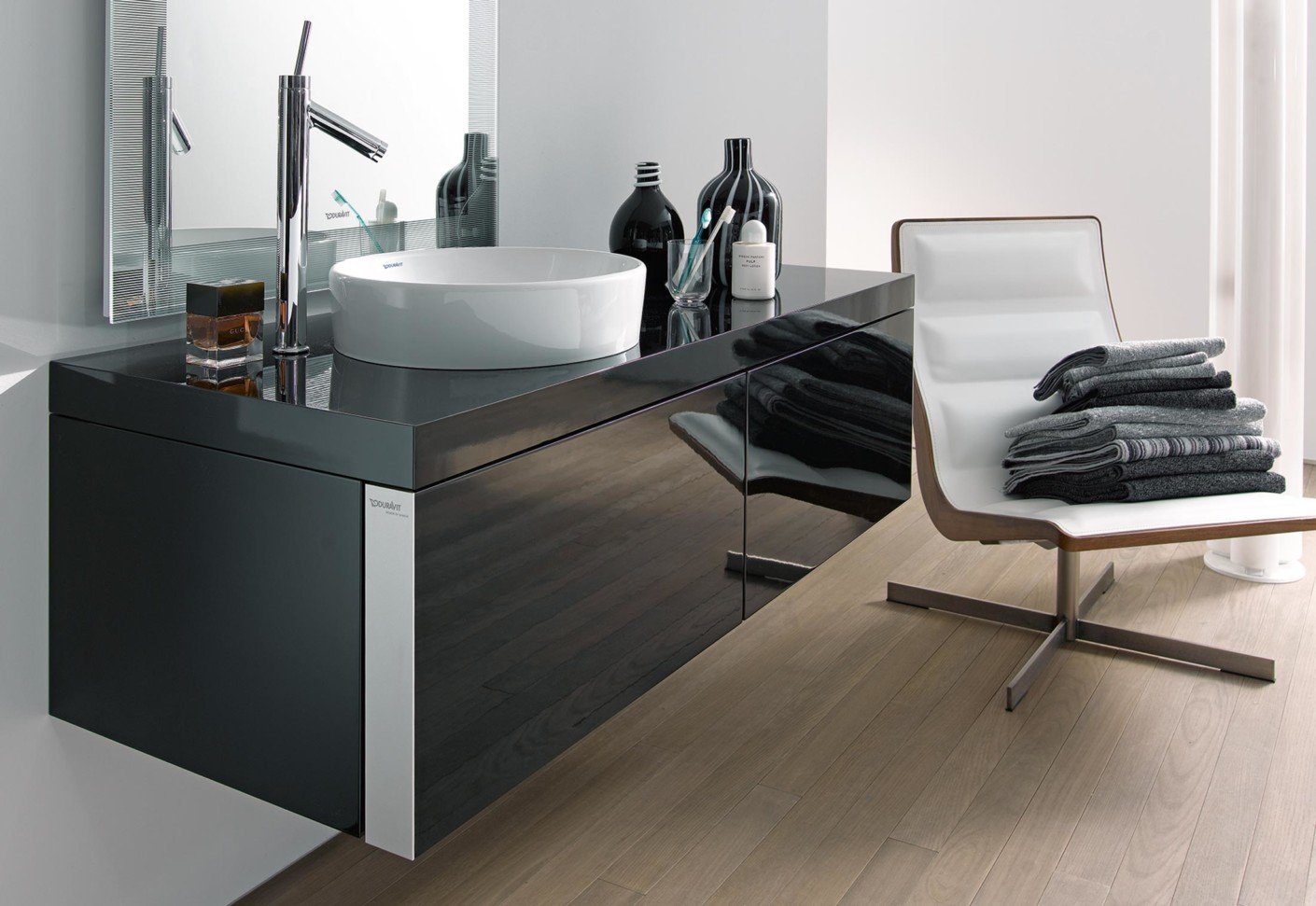 starck 1 aufsatzbecken von duravit stylepark. Black Bedroom Furniture Sets. Home Design Ideas