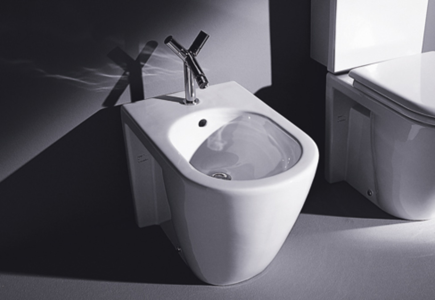 starck 2 stand bidet von duravit stylepark. Black Bedroom Furniture Sets. Home Design Ideas