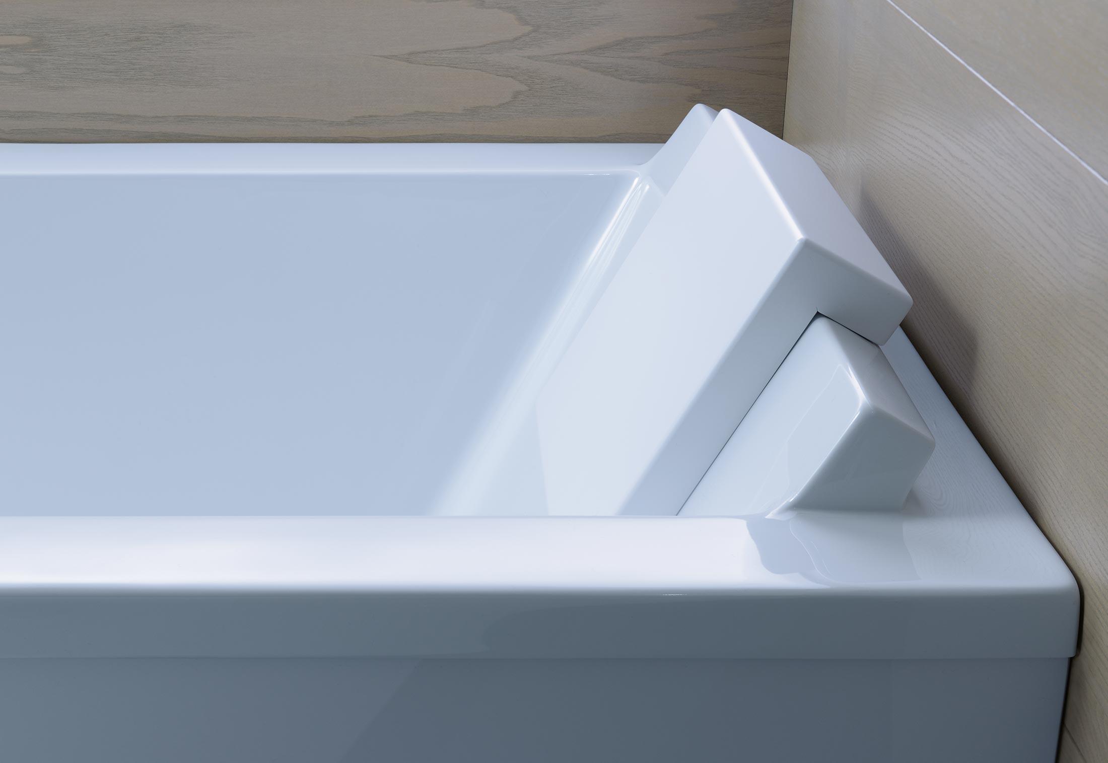 Starck 3 bathtub by Duravit | STYLEPARK