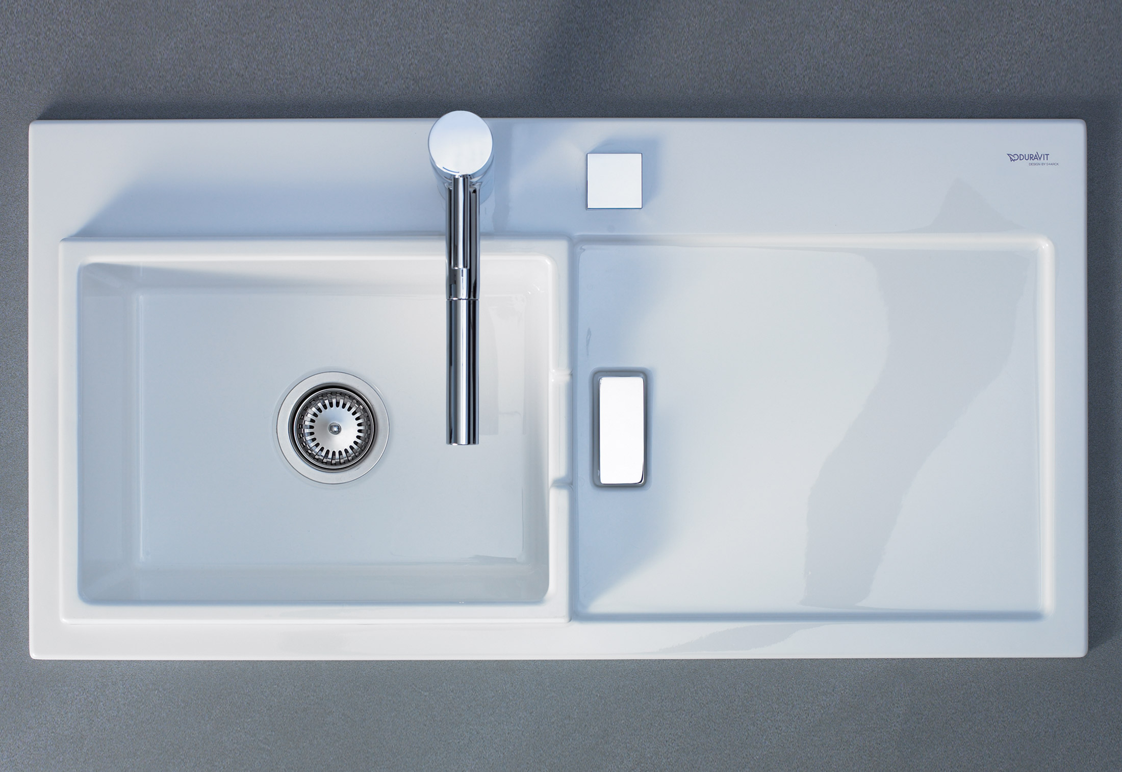 Starck kitchen sink by Duravit | STYLEPARK