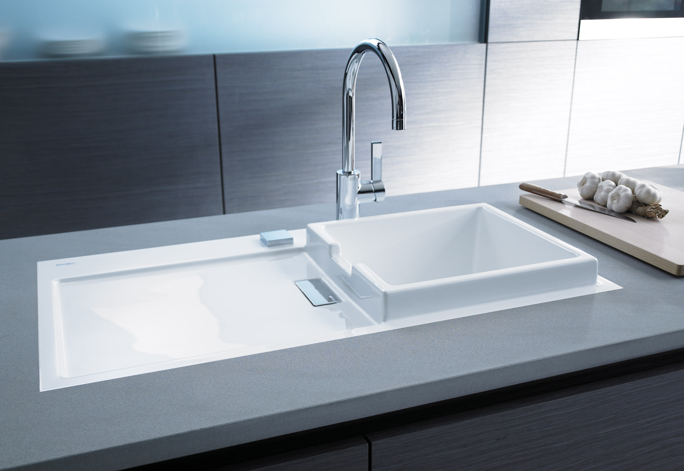 Starck kitchen sink by duravit stylepark for Lavabo porcelaine ou ceramique