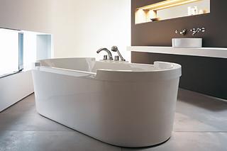 Starck tub free standing  by  Duravit