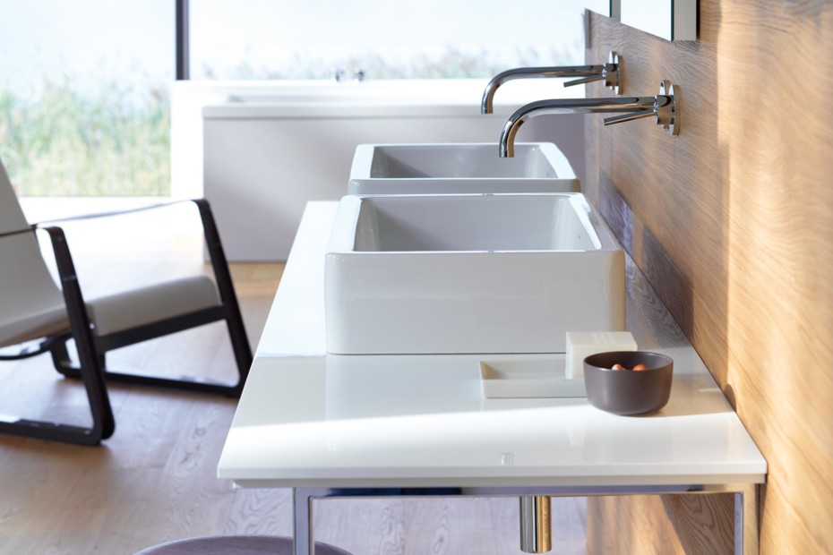X-Large console for above counter basin