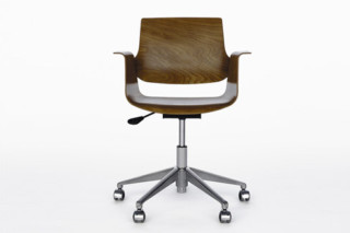 Marchand swivel schair  by  Embru