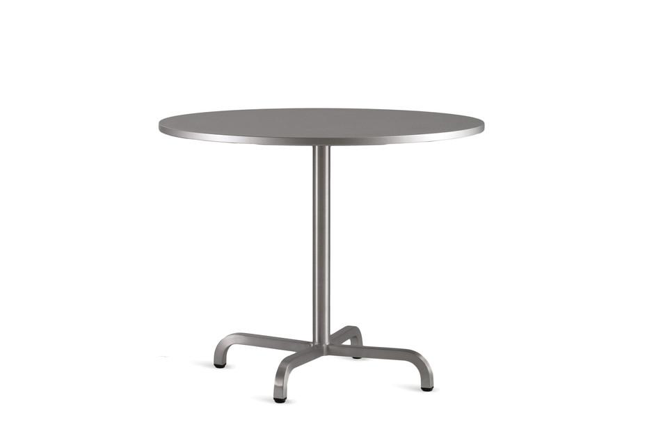 20-06 Café table round