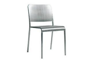 20-06 Stuhl  von  Emeco