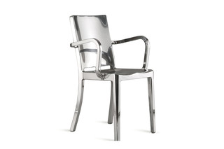 Hudson Armchair polished  by  Emeco