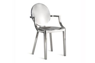 Kong Sessel poliert  von  Emeco