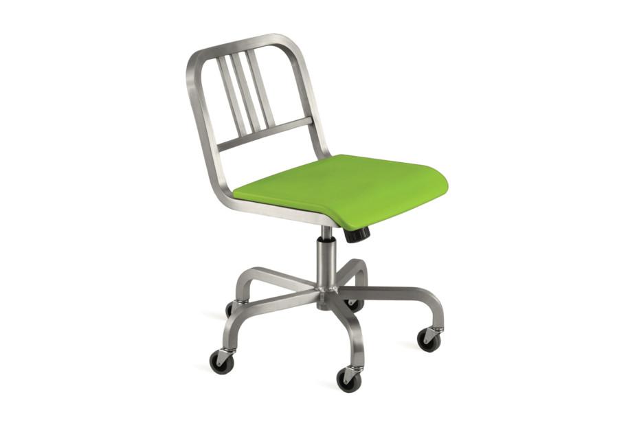 Nine-0™ 3 Swivel chair