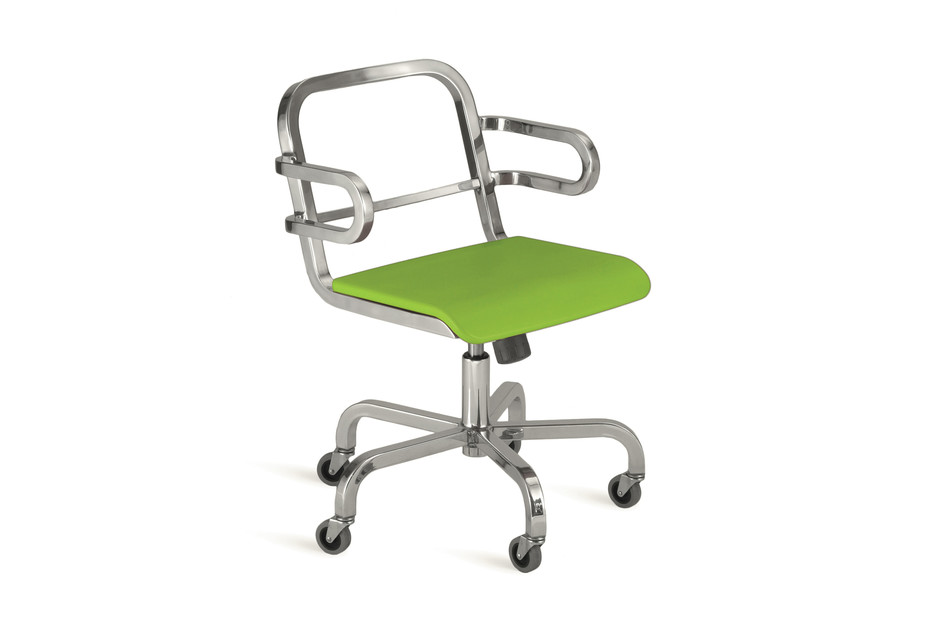 Nine-0™ OA Swivel armchair