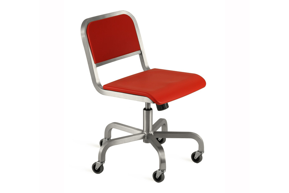 Nine-0™ S Swivel chair