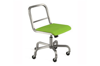 Nine-0™ Swivel chair  by  Emeco