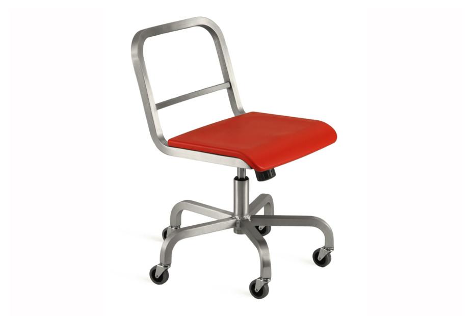 Nine-0™ Swivel chair