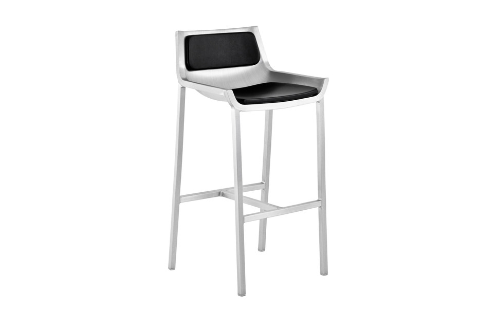 Sezz Bar stool with seat and back pad
