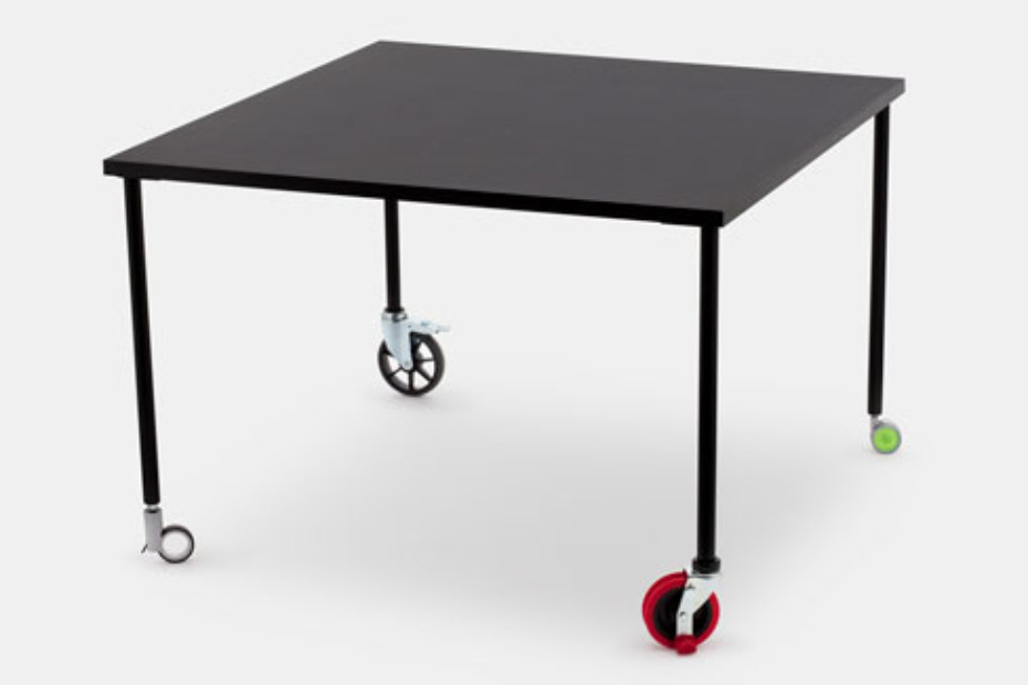 Spin Dinning table