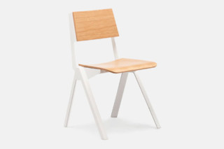 Uniform Chair  von  Established & Sons