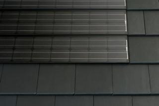 Solesia Kapstadt Photovoltaik-Systeme  von  Eternit Deutschland